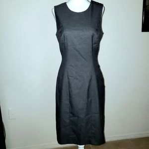 BARELY WORN SIZE 2 BANANA REPUBLIC GREY DRESS